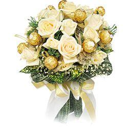 Букет из конфет Киев заказать розы
