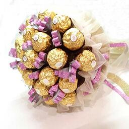 Букет из конфет заказать Киев девушке