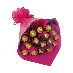 Букет из конфет заказать Киев розовый