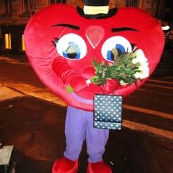 ростовая кукла сердце, оригинальное поздравление, кукла сердце