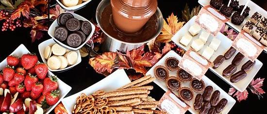 шоколадный-фонтан-аренда-на-праздник