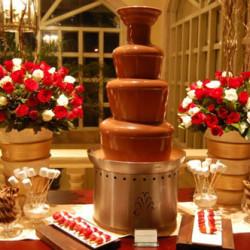 шоколадный-фонтан-на-вечеринку