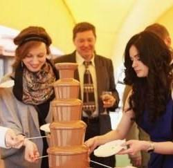 шоколадный фонтан на корпоратив